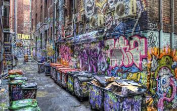 Ayon, un noir colorato di street art