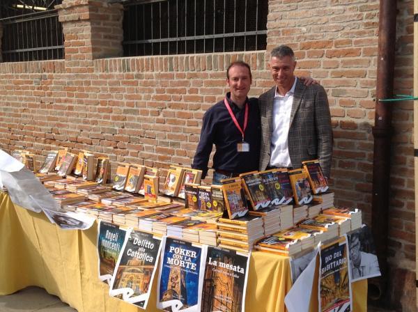 Carlo Frilli con lo scrittore Roberto Carboni