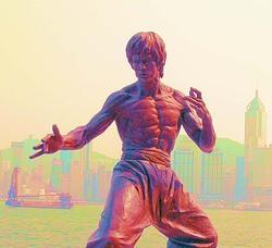 Statua di Bruce Lee ad Hong Kong