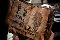 """Il Necronomicon in """"Evil Dead"""""""