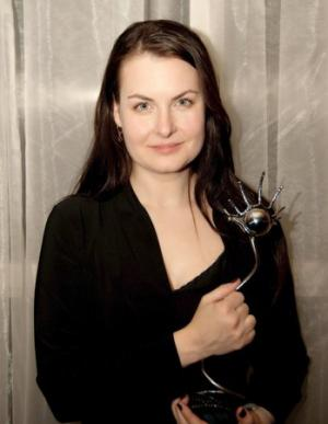 Danishka Esterhazy con il premio Best Canadian Feature al Female Eye Film Festival in Toronto