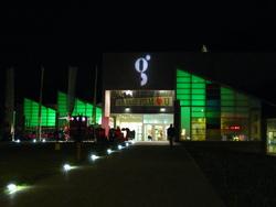 Il Teatro Giovanni Nuovo da Udine di notte