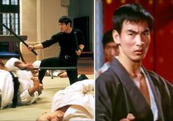 """Jet Li nel dojo in una scena che strizza l'occhio a """"Dalla Cina con furore"""", nel cui dojo c'era anche il ventunenne Corey Yuen, a destra"""
