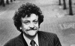 Dio la benedica, Mr. Vonnegut