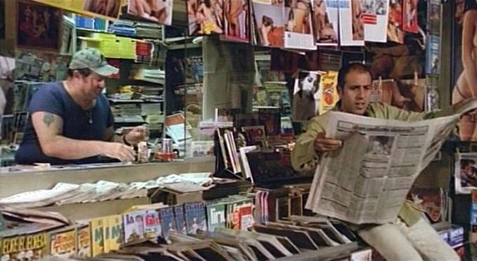 """Adriano Celentano in edicola, dal film """"Ecco noi per esempio"""" (1977)"""