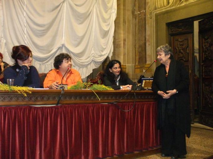 Premio Europa 2010 - da sinistra: Paola Alberti, Luca Crovi, l'assessore Marilù Chiofalo e la giallista Margherita Oggero